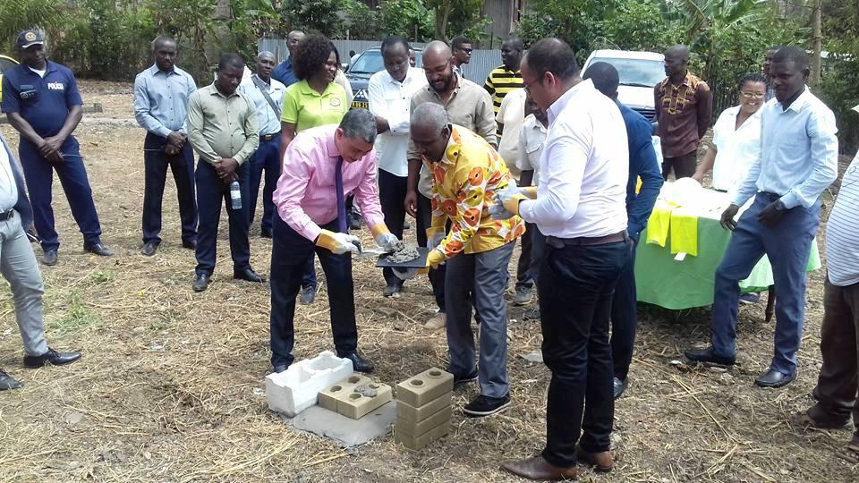 Inicianse as obras de construcción do Centro de Valorización de Residuos Sólidos de Mé-Zochi.