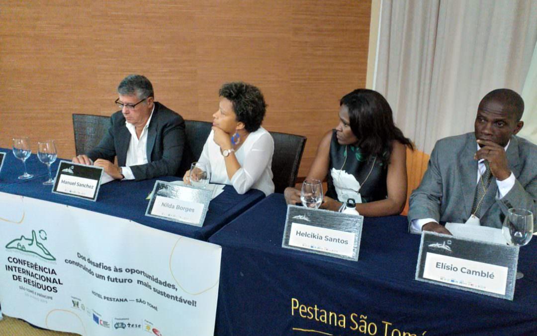 FELCODE e o consorcio PROMEDIO participan nun foro internacional sobre residuos en Santo Tomé e Príncipe